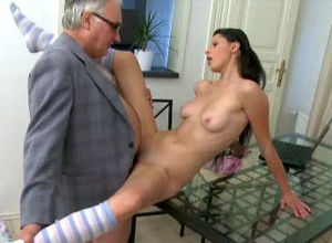 Grey haired older dude packed he kinky..